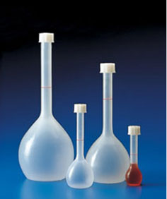 Polypropylene Plastic Volumetric Flasks w/ Screw Closures